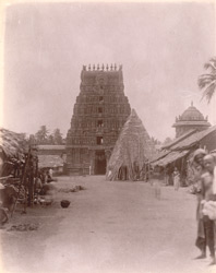 General view of the front gopura of the Rama Temple, Kumbakonam